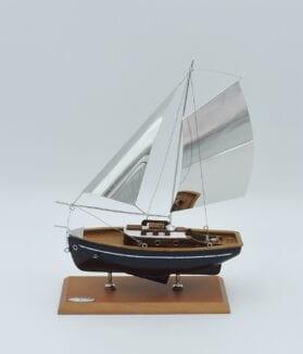 Veliero-argento-e-legno